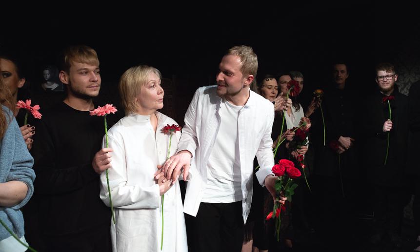 Наталья Малевинская с Максимом Соколовым на премьере «Братьев Карамазовых».